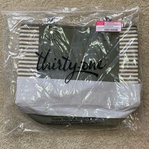 Thirty-One Olive Colorblock Tote